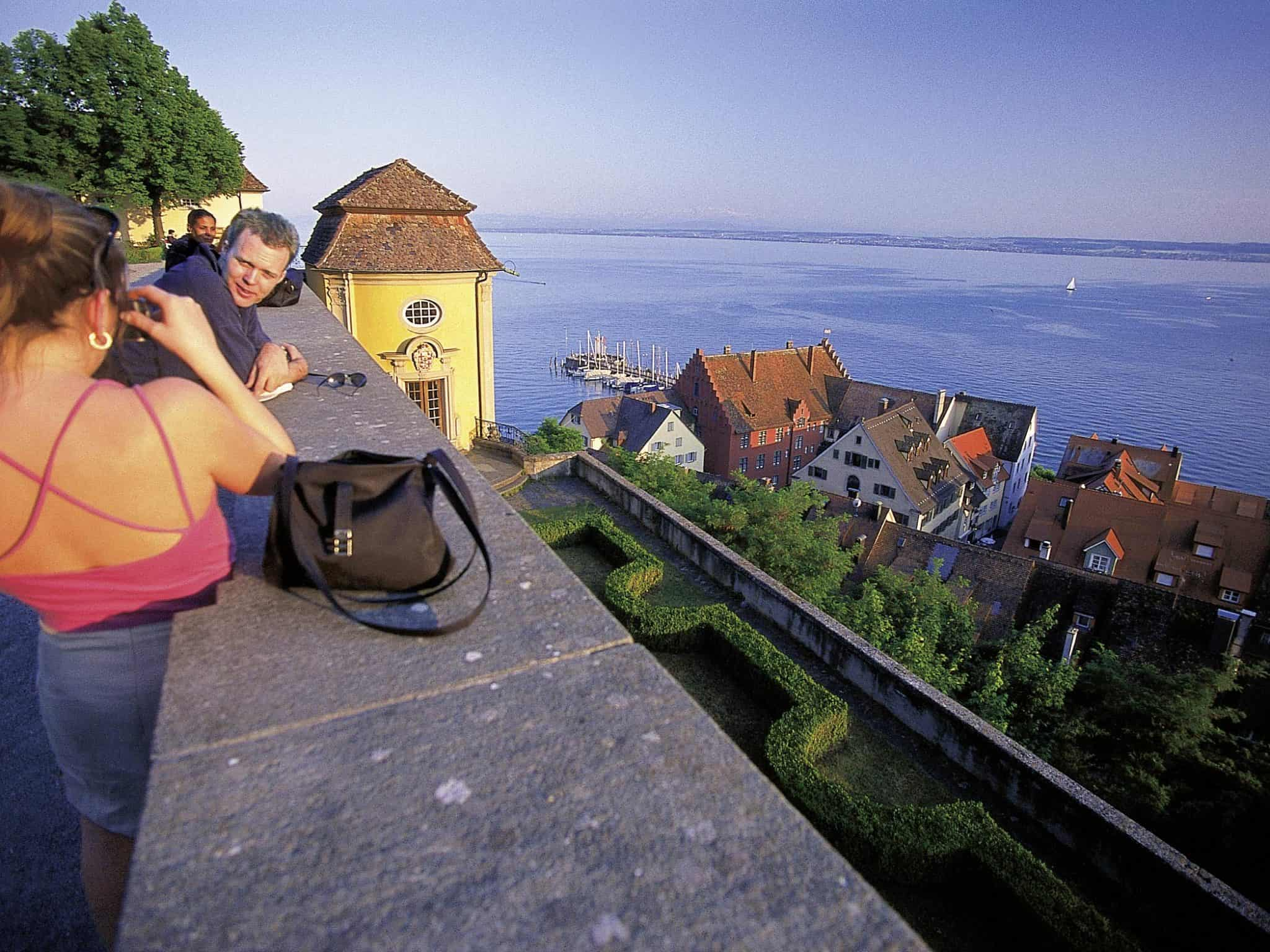 Ferienwohnung Meersburg Blick Vom Schloßgarten